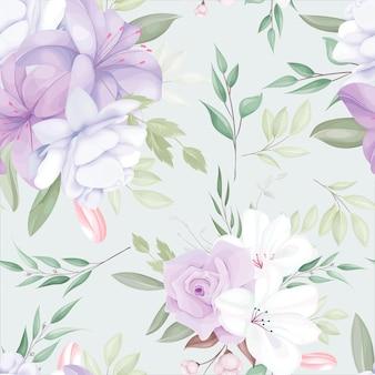 Элегантный бесшовный узор с красивыми белыми и фиолетовыми цветами и листьями