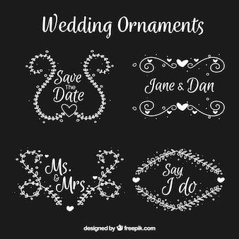 エレガントな結婚式の装飾のセット