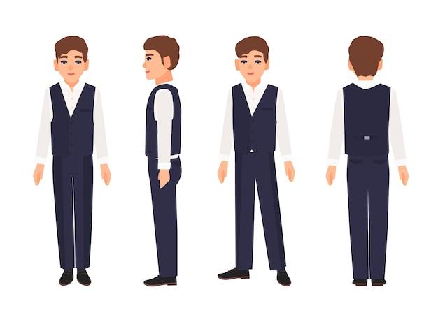 Элегантный улыбающийся мальчик-подросток или подросток с коричневыми волосами в рубашке, брюках и жилете.