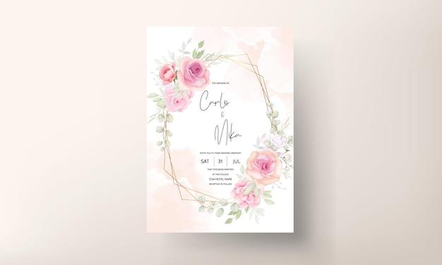 우아한 부드러운 꽃 결혼식 초대 카드 디자인