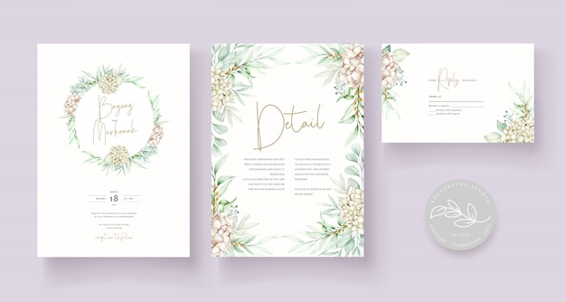 エレガントな柔らかい花の結婚式の招待カードテンプレート