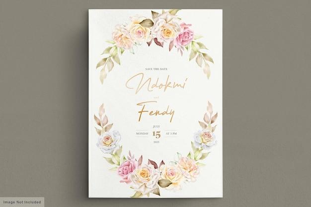 Eleganti fiori ad acquerelli con carta di invito belle foglie