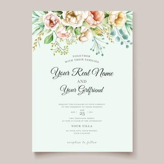 Элегантная свадебная открытка с красивым цветочным узором и листьями