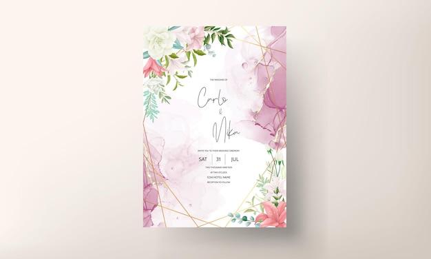 Elegante biglietto d'invito per matrimonio con disegno a mano di fiori e foglie morbidi