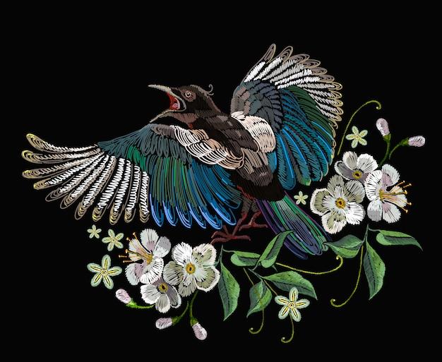 刺繍、カササギ鳥と花
