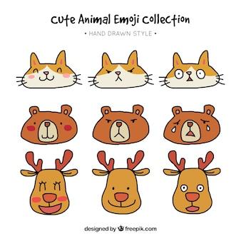 異なる表情を持つ動物の絵文字選択