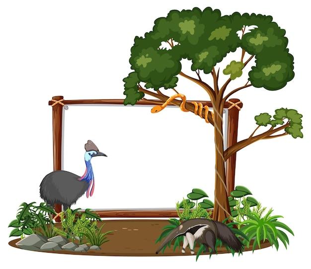 Пустой баннер с дикими животными и деревьями тропических лесов на белом фоне Бесплатные векторы