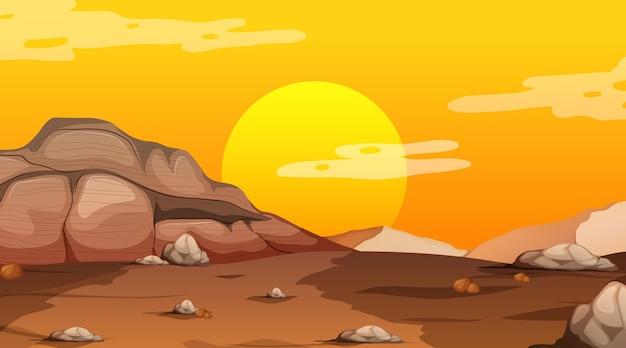 Paesaggio della foresta deserta vuota alla scena del tramonto