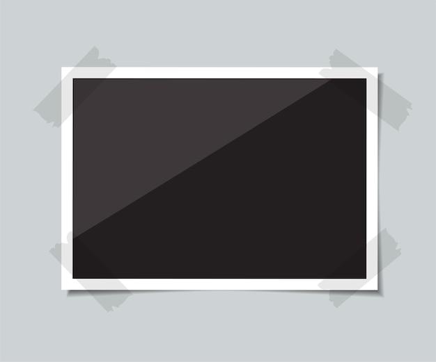 影のある空の写真をテープで接着します。図。