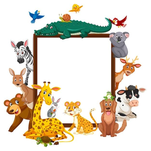 Пустая деревянная рамка с различными дикими животными