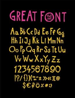 영어, 원래 디스플레이 글꼴. 기호, 숫자, 대문자 및 소문자 라틴 문자의 완전한 세트.
