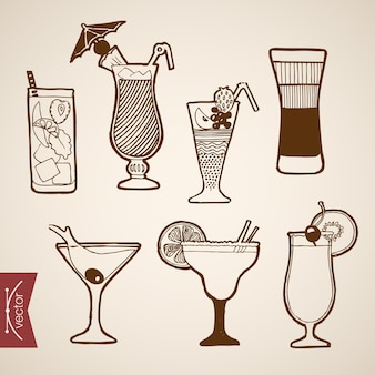 Engraving vintage hand drawn cocktails and alcohol bar collection. pencil sketch mojito, b52, tequila, bloody mary short long drink