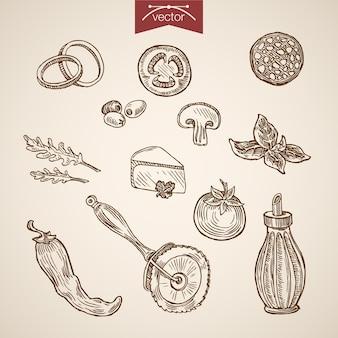 Collezione di ingredienti pizza disegnata a mano vintage incisione. schizzo a matita salsiccia, parmigiano, pomodoro, basilico, peperoncino, illustrazione di condimento di olio d'oliva.
