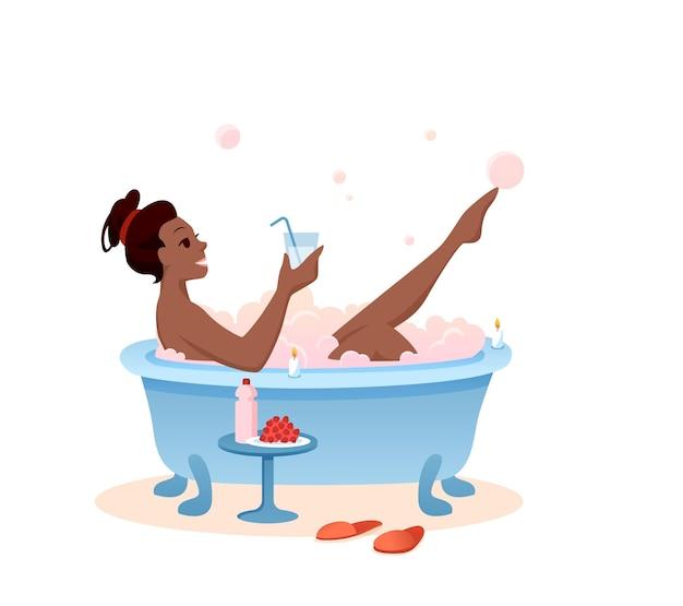 バスタイムのコンセプトをお楽しみください。リラクゼーションのためにバスルームでカクテルを飲む漫画の美しい少女