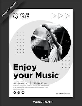 Наслаждайтесь своим шаблоном плаката ночного музыкального мероприятия