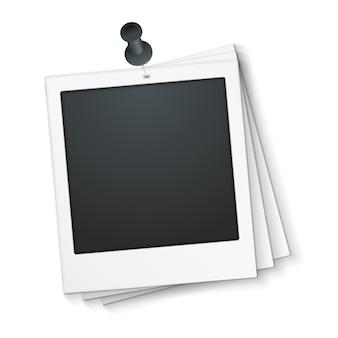 Пустая рамка для фотографий с канцелярской кнопкой, векторная иллюстрация eps10