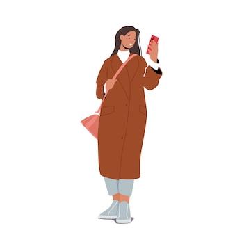여성을 위한 가을 패션 트렌드. 트렌디한 의상, 긴 패션 코트, 짧은 바지를 입은 세련된 소녀 캐릭터
