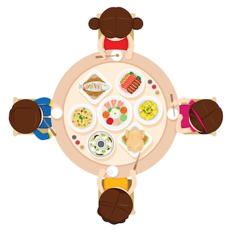 家族で一緒に食事をする、伝統的な中国の祭り