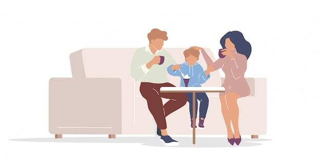 Семья в кафе плоского цвета безликих персонажей