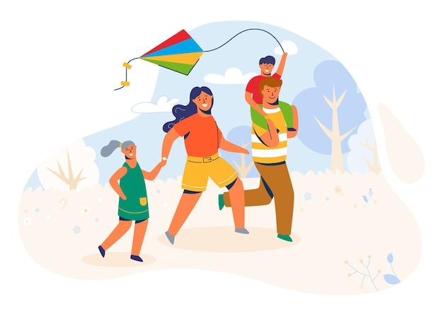 공원의 가족이 연을 발사합니다. 주말, 휴가, 휴일에 바람 장난감을 가지고 노는 야외에서 달리는 부모와 자녀 캐릭터.