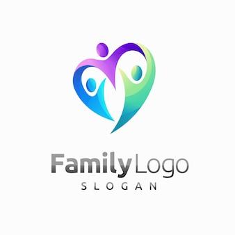 Семейный логотип с концепцией любви