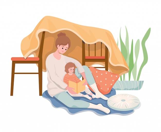 Семейное время, плоская концепция повседневной жизни. счастливая улыбающаяся мать, читая книгу дочери перед сном. женщина читает сказки на ночь маленькой девочке.