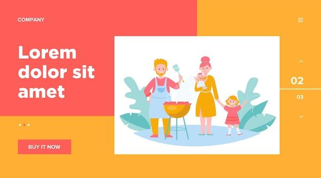 Famiglia con bambini grigliare carne barbecue all'aperto.