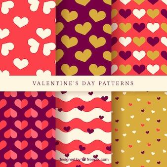 装飾的な心とバレンタインパターンの素晴らしいコレクション