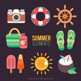 Fantastic summer items in flat design