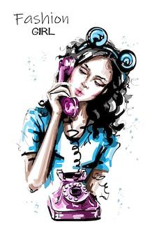 Девушка моды с телефоном