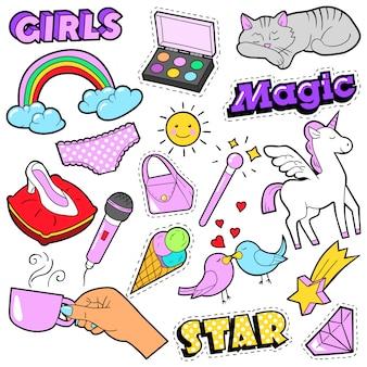 Модные значки для девочек, нашивки, наклейки - радуга, кошка, рука и птицы в стиле поп-арт в стиле комиксов. иллюстрация