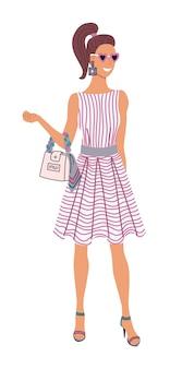 ファッションレディ。美しい縞模様のドレス、白い背景の上のハンドバッグを保持しているハイヒールの靴を身に着けている華やかなファッションの女性キャラクター。孤立した流行のスタイリッシュなモデルのキャラクターイラスト