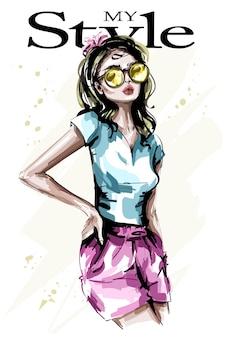 サングラスのファッションの女性