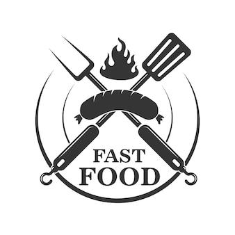 ファーストフードカフェエンブレムテンプレート。ソーセージとフォークとキッチンヘラを交差しました。ロゴ、ラベル、記号の要素。図