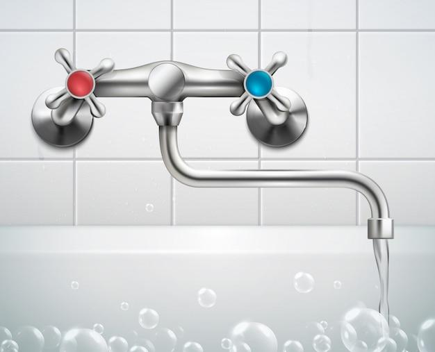 タイルの泡の泡と金属の蛇口に直面して浴室の壁のビューと蛇口の現実的な構成