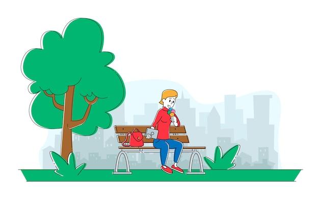 Женский персонаж летнее время активный отдых на свежем воздухе и свободное время.