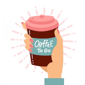Женская рука держа одноразовые чашки кофе. картонная крышка с рукописным текстом lettreing - кофе, чтобы пойти. плоская иллюстрация.