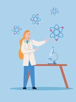 Женский научный с микроскопом и вакциной исследования атомов