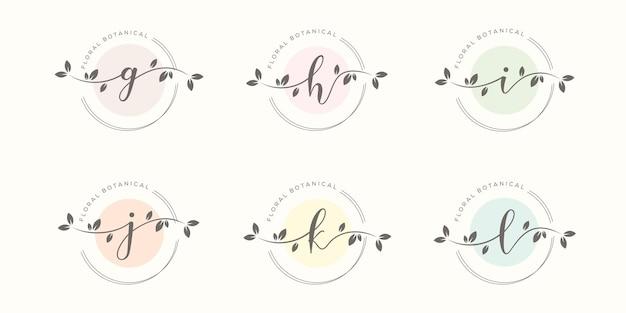 Женское письмо с шаблоном логотипа цветочной рамки