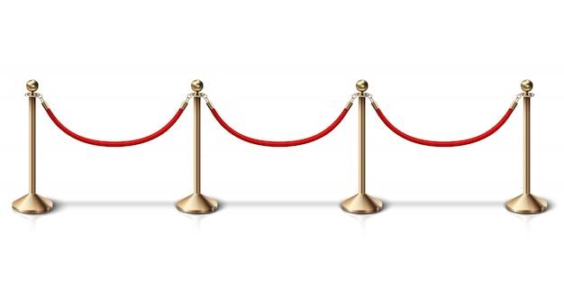 Забор золотой канатный барьер с красной бархатной веревкой. на белом фоне