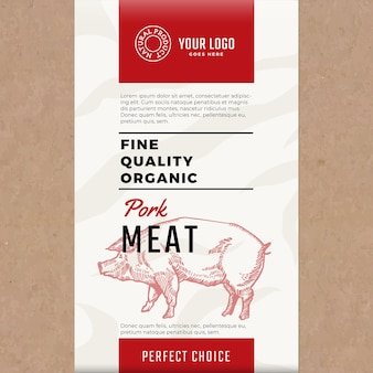 양질의 유기농 돼지 고기. 추상 고기 포장 또는 레이블.