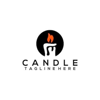 火のキャンドルのロゴのテンプレート