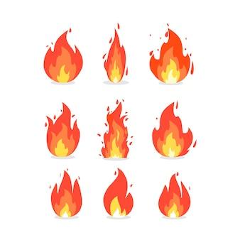 다양한 모양의 불꽃. 만화 스타일의 벡터 아이콘입니다. 격리 된 배경입니다.
