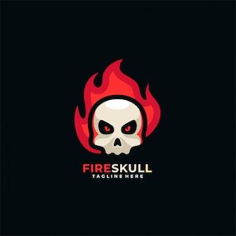 火の頭蓋骨のロゴ。