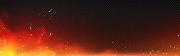 透明な背景に隔離された火花と煙で火。焚き火、点火または鍛冶屋のストーブから飛んでいる輝きと燃える粒子と熱い炎のベクトル現実的なイラスト