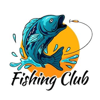 Рыба прыгает за крючком приманки с брызг воды, рыболовный клуб