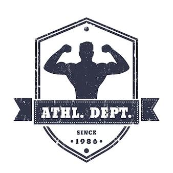 Фитнес, тренажерный зал старинный логотип, значок, эмблема с изображением спортсмена на форме щита, изолированные на белом, текстура может быть удалена, иллюстрация