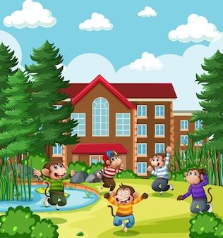 공원 놀이터 장면에서 점프 5 작은 원숭이