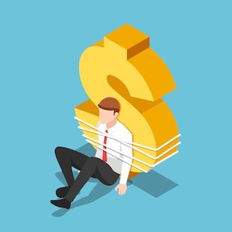 플랫 3d 아이소메트릭 사업가는 달러 기호에 묶여 있습니다. 부채와 금융 위기 개념입니다.