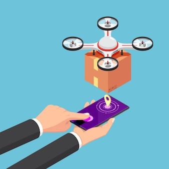 플랫 3d 아이소메트릭 사업가는 스마트폰을 사용하여 패키지로 배달 드론을 제어합니다.